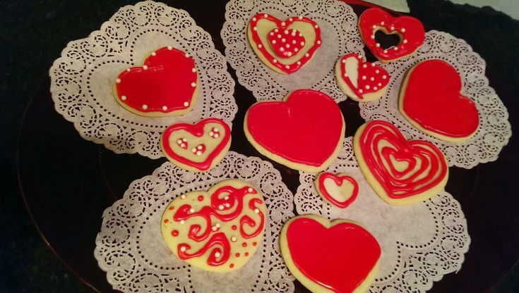 Valentine Heart Cookies with Easy Royal Icing