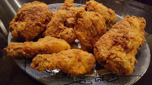 Best Fried Chicken Recipes - Southern style on a blue and white platter