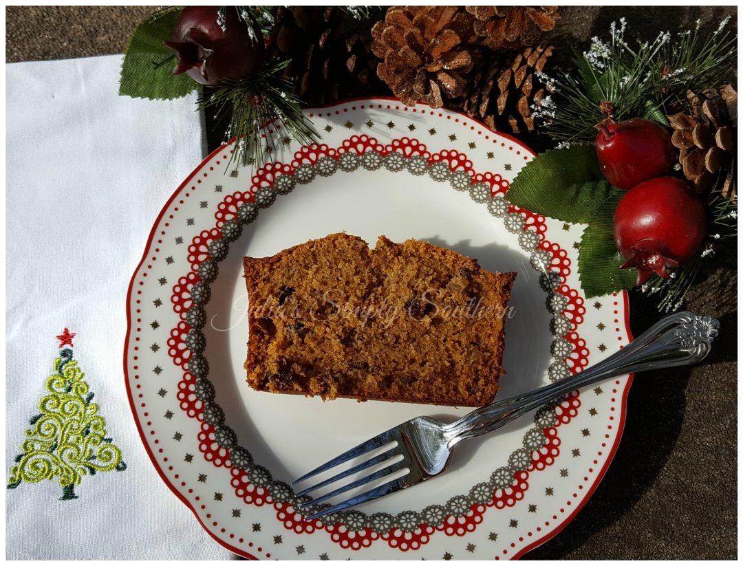 Vintage Recipes, Old Fashioned Applesauce Cake, Baking, Christmas