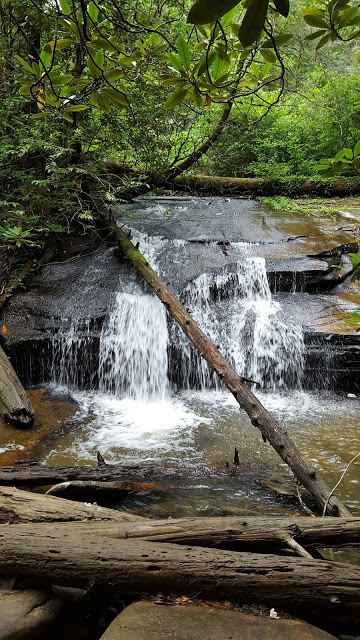 Beautiful waterfall - hiking in South Carolina - nature - outdoors - travel