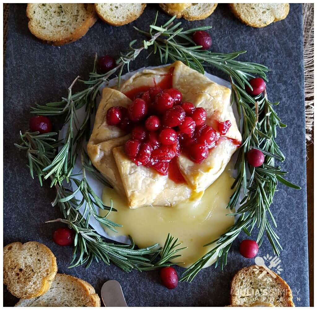 brie appetizer with cranberry