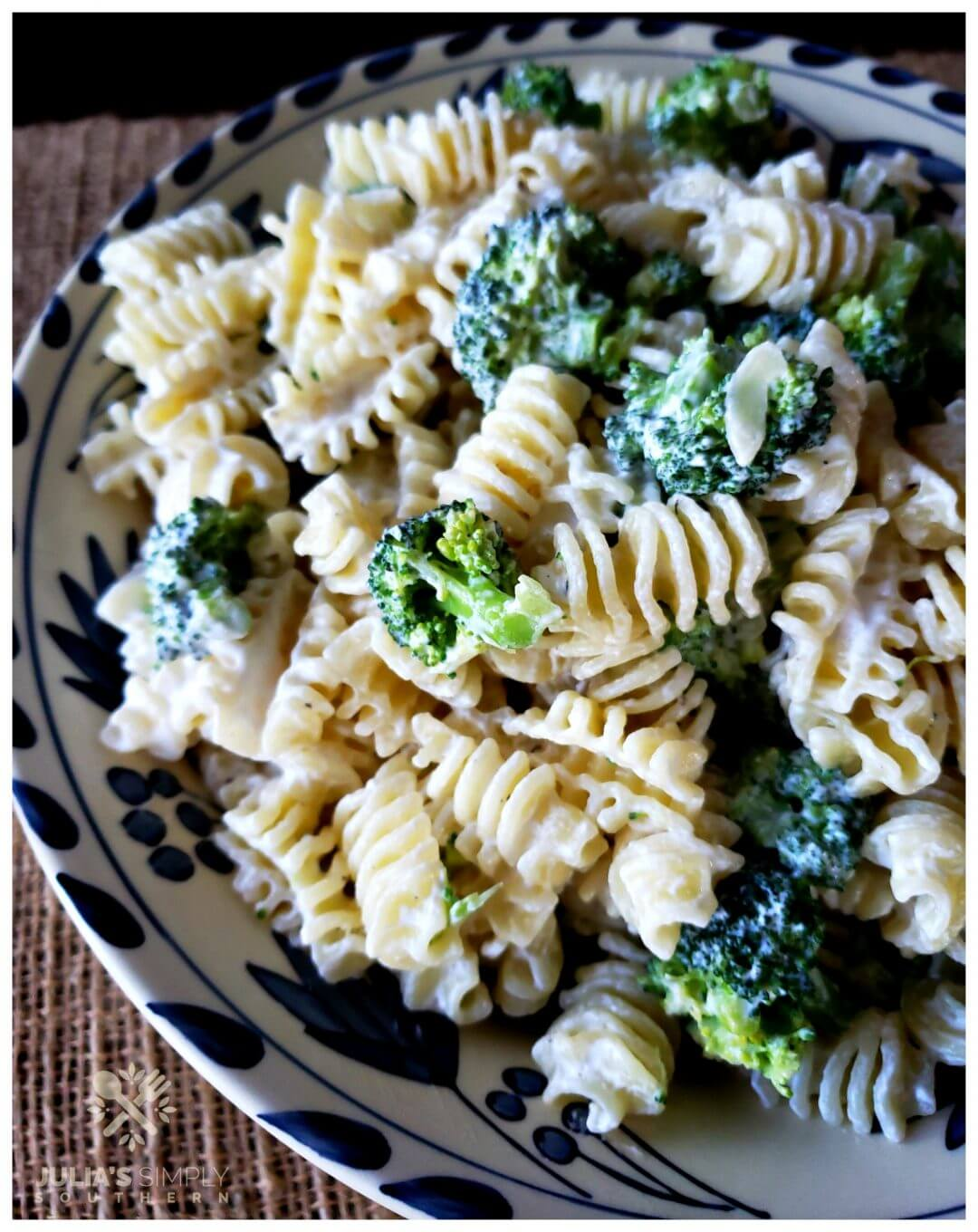 Best quick and easy pasta salad recipe with 3 ingredients