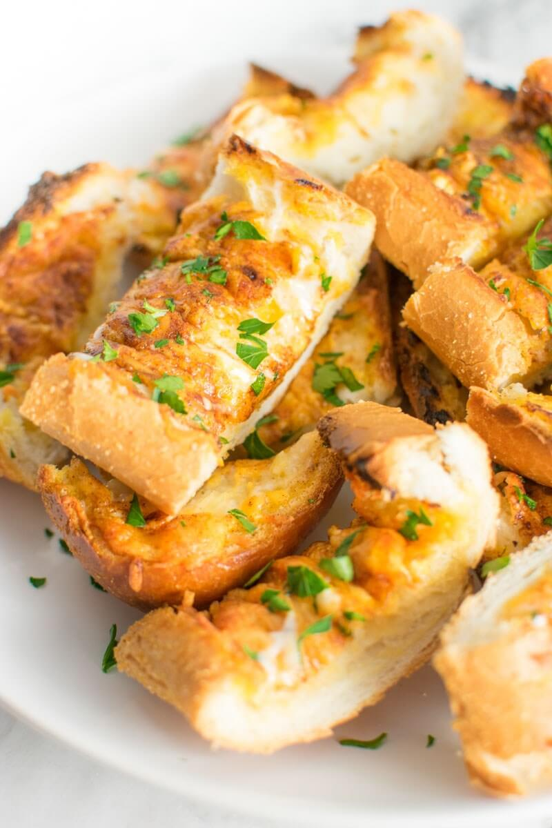 Cheesy Ranch Garlic Bread