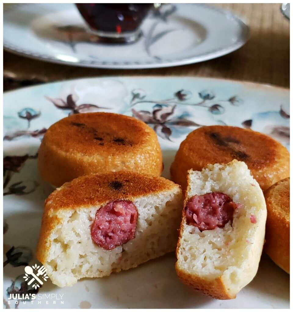 Best Breakfast Pigs in a Blanket Recipe. You'll love this easy and delicious recipe. It's great for breakfast on the go too on those busy mornings.