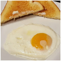 how to cook eggs sunny side up