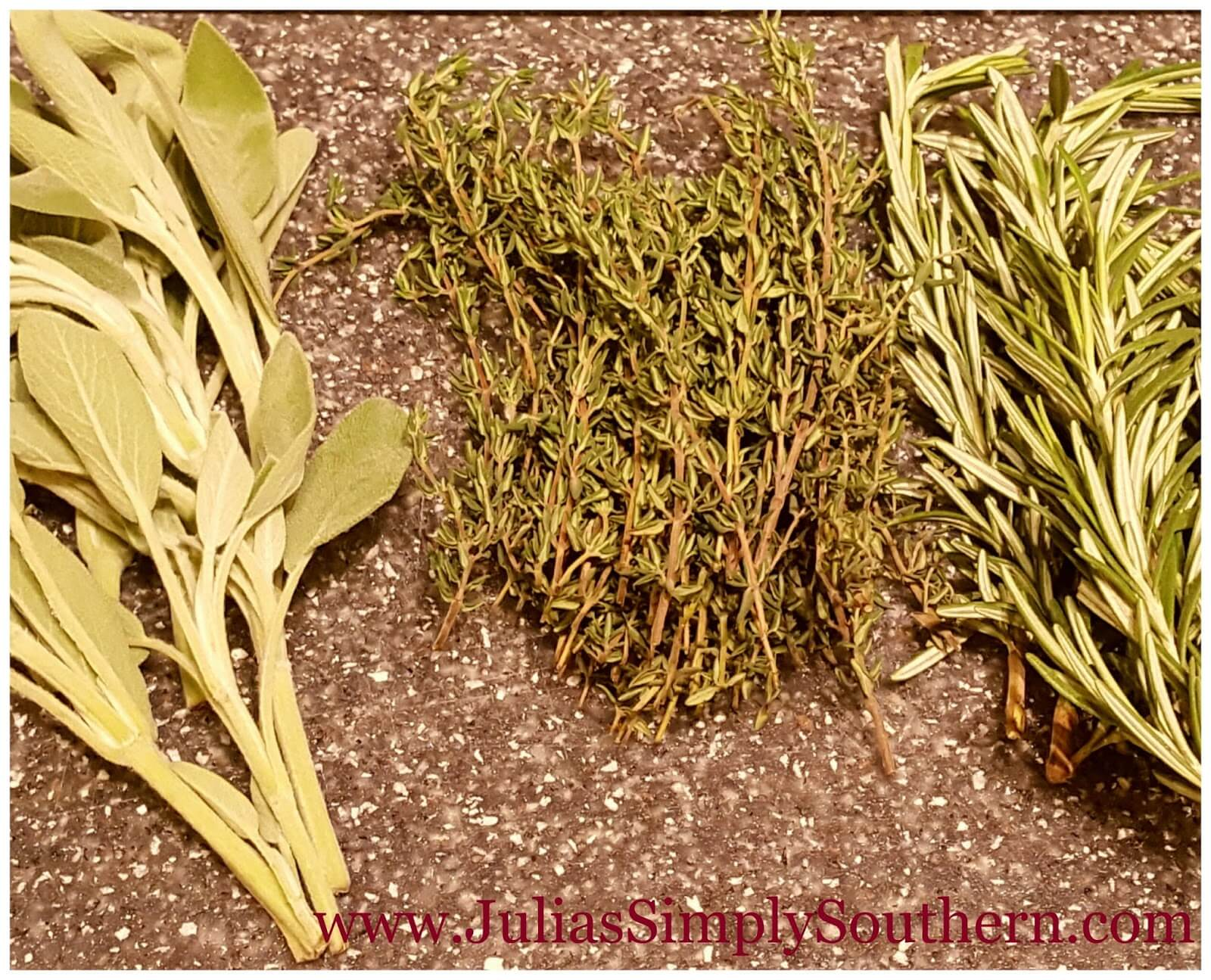Poultry blend herbs