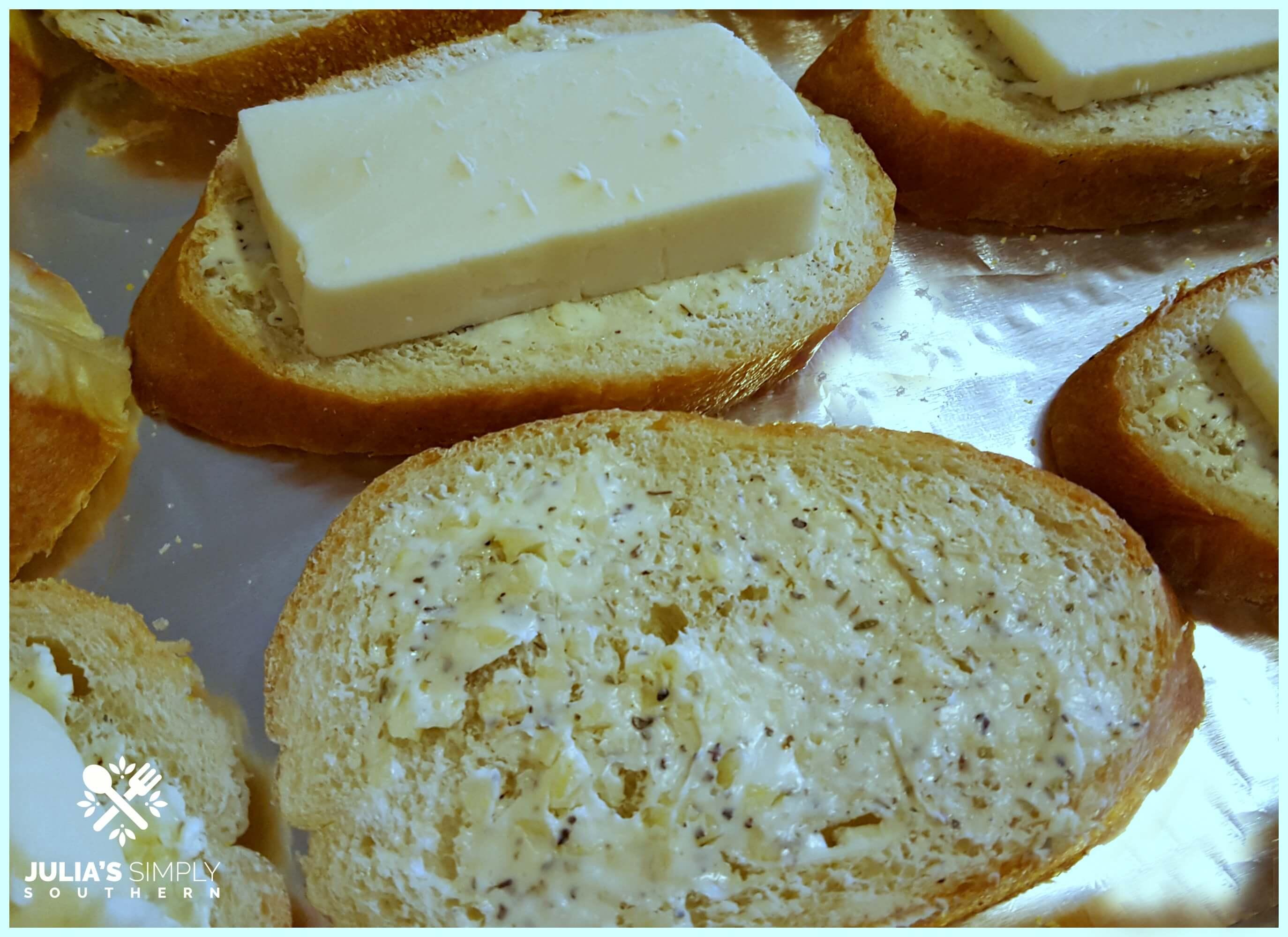 Garlic spread for bread