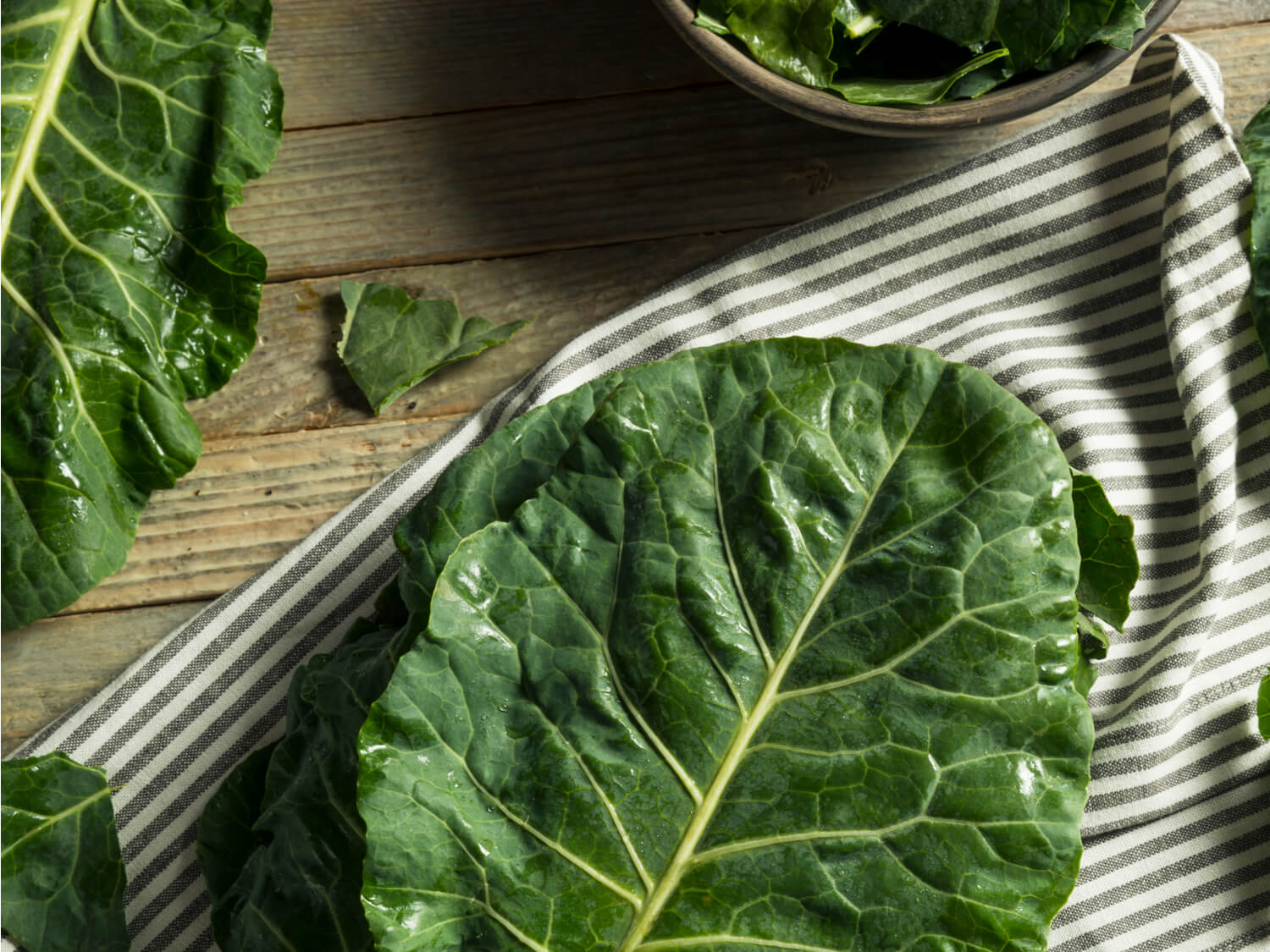 How to make the best Southern Style Collard Greens - soul food - new year traditions